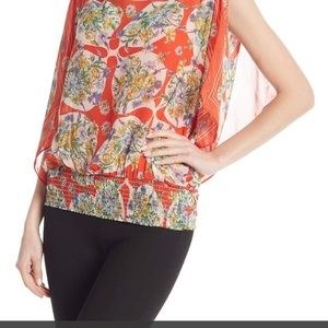 Max studio fluttersleeve blouse